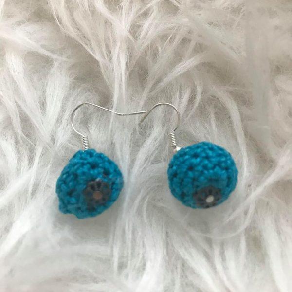 fülbi kék